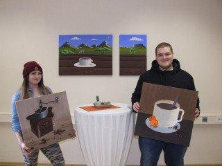 Karla Jaenicke und Rene Schewell schufen Bilder für das Cafeteria-Bistro. Foto: SMMP/Hofbauer