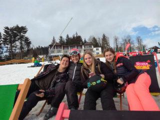 """Die erfahrenen Wintersportler des """"Placida"""" genossen sichtlich die Winterwelt im Hochsauerland. Foto: SMMP"""