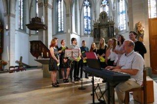 Die Abschlussfeier begann mit einem Gottesdienst in der St.-Vinzenz-Kirche. Foto: SMMP/Hofbauer
