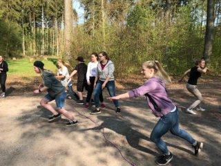 Wie schnell die Schülerinnen und Schüler durch den Wald liefen, weiß man nicht. Aber Maulwürfe schaffen 4 km/h. Foto: SMMP/Lowe