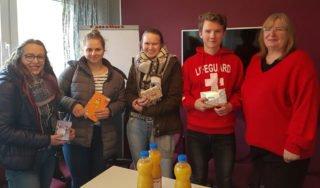 Sie wurden ins Schulleiter-Büro zitiert - und beschenkt! Foto: SMMP/Hofbauer