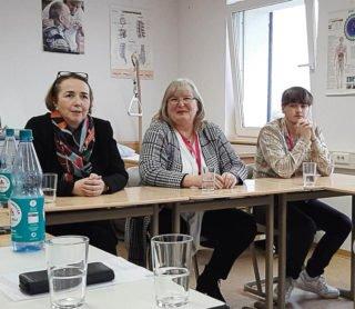 """MdL Angela Freimuth (links) besuchte das """"Placida"""". Foto: SMMP/Hofbauer"""